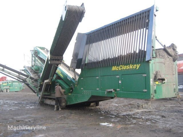 McCLOSKEY S130 - 3 deck taş kırma makinesi