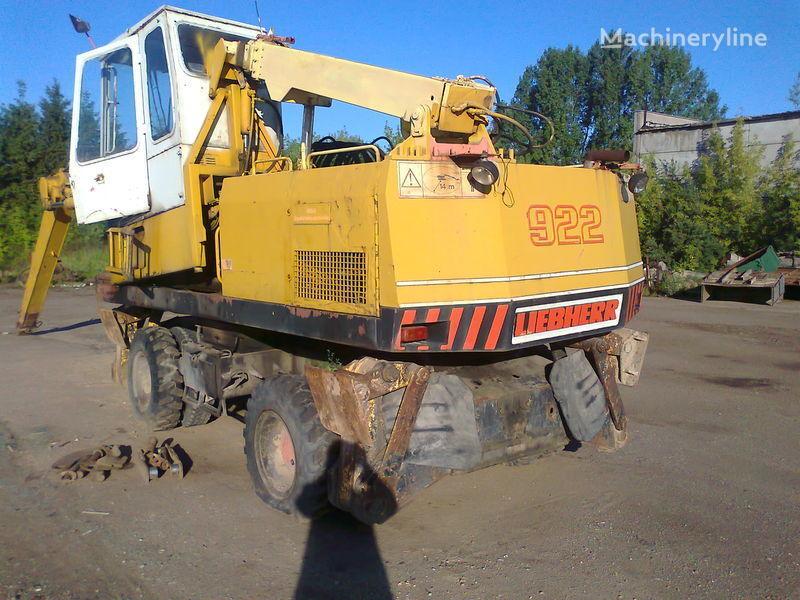 LIEBHERR 922 tekerlekli ekskavatör paraçalar için