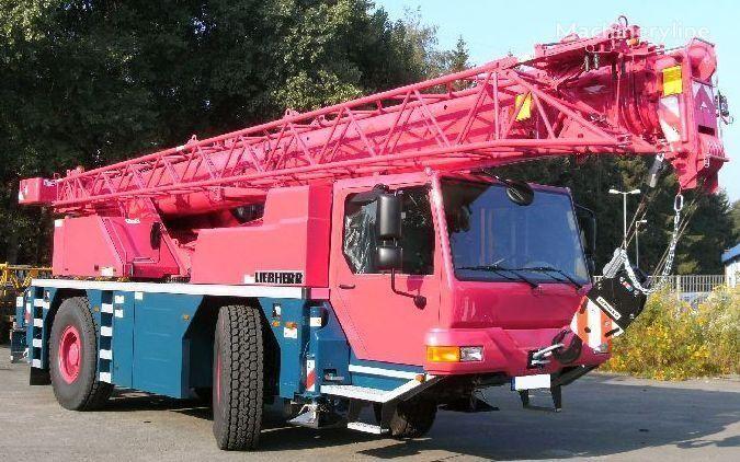 yeni LIEBHERR LTM 1030-2.1 şaside LTM 1030-2.1 vinçli kamyon