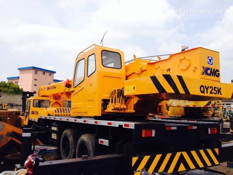 XCMG QY25K vinçli kamyon