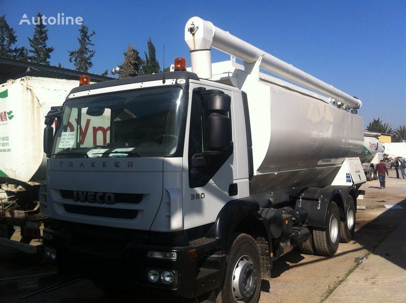 yeni IVECO Trakker kamyon silos