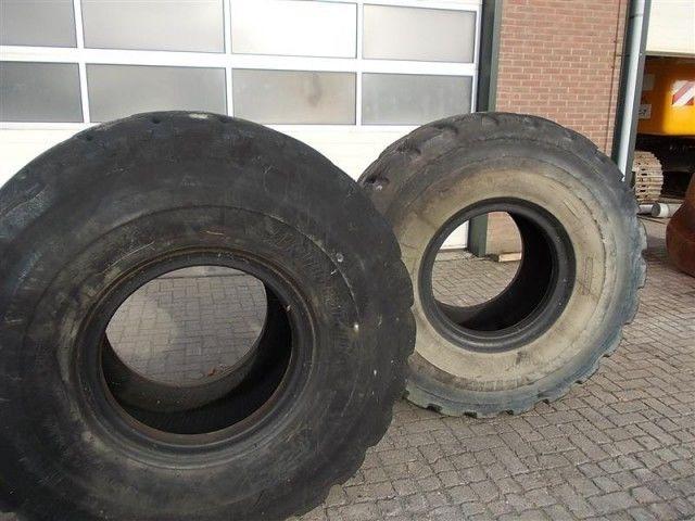 Bridgestone L5 23.50- 25.00 ön yükleyici lastiği