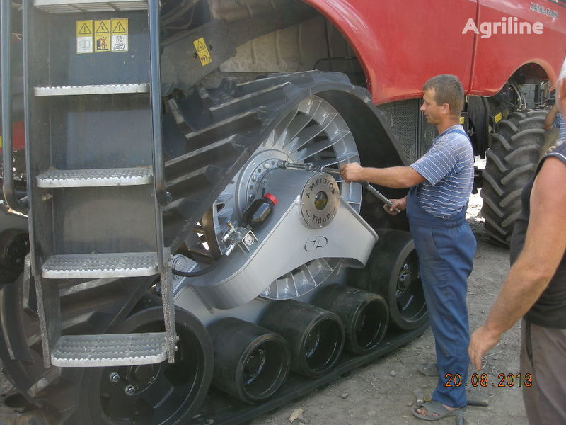 yeni CLAAS rezinovye gusenicy dlya kombaynov i traktorov. biçerdöver