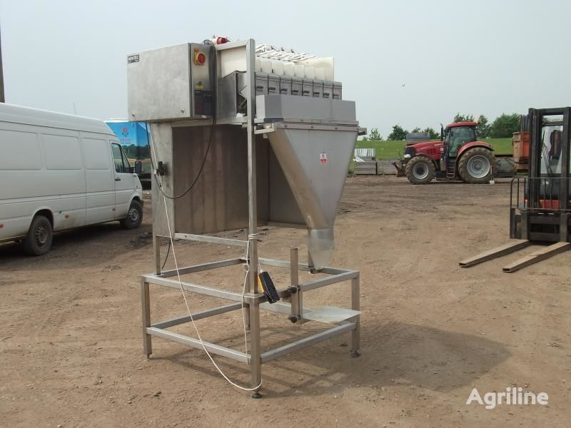 NEWTEC (vesovaya stanciya - 8-mi chashechnaya) paketleme makinesi