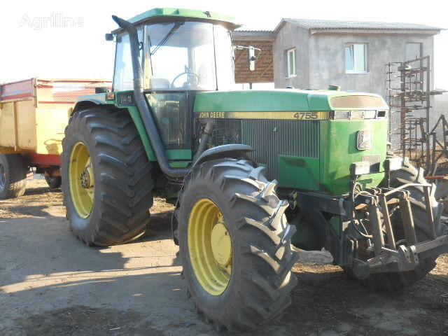 JOHN DEERE 4755 tekerlekli traktör