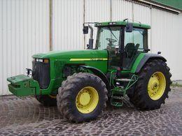 JOHN DEERE 8300 tekerlekli traktör