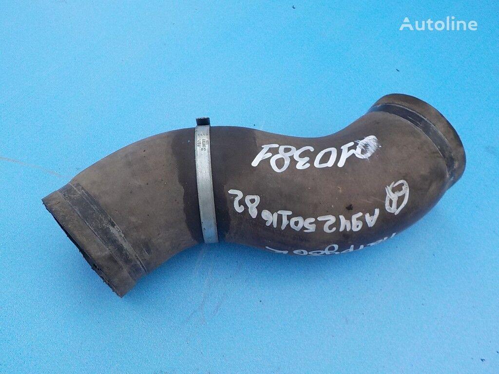 MERCEDES-BENZ kamyon için radiatora bağlantı borusu