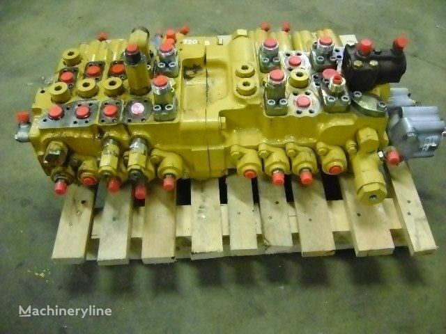CATERPILLAR 320 B ekskavatör için dağıtıcı