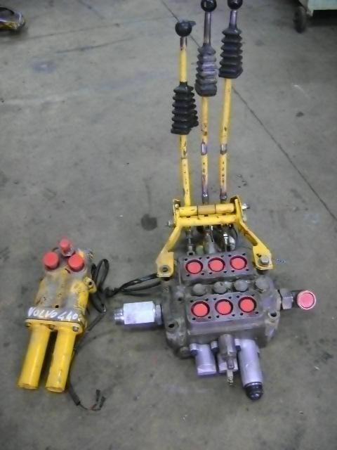 VOLVO 4400 ekskavatör için dağıtıcı