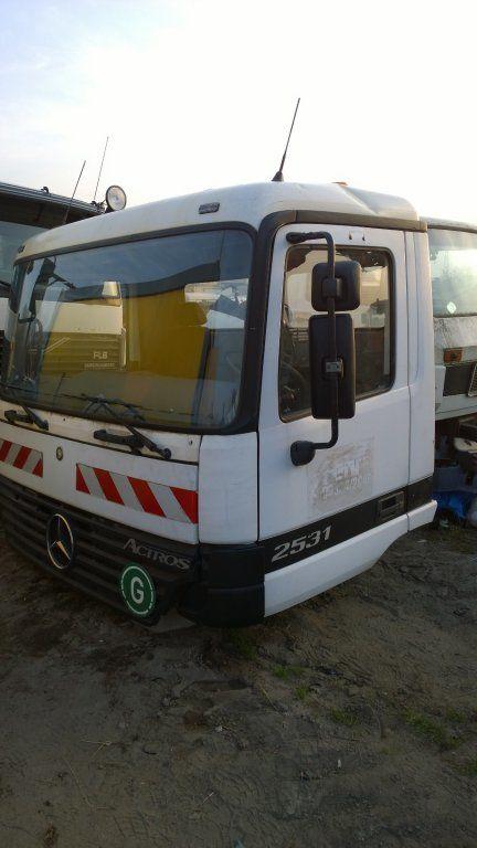 MERCEDES-BENZ Actros Budowlana dzienna 11500 zl kamyon için kabin