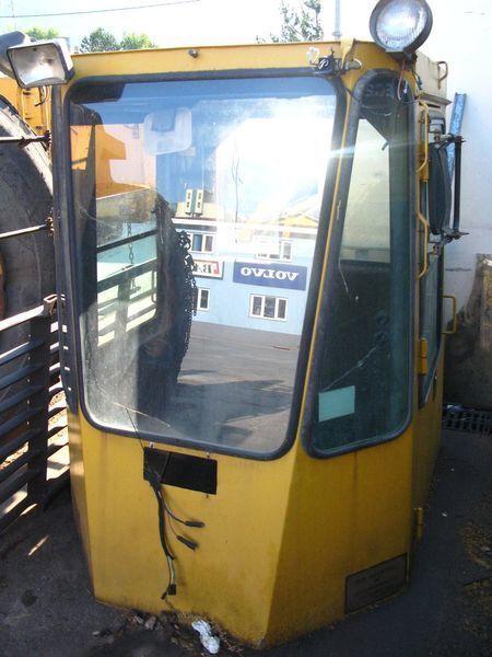 MICHIGAN L270 ekskavatör için kabin
