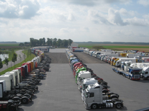 Ticaret alanı Hulleman Trucks B.V.