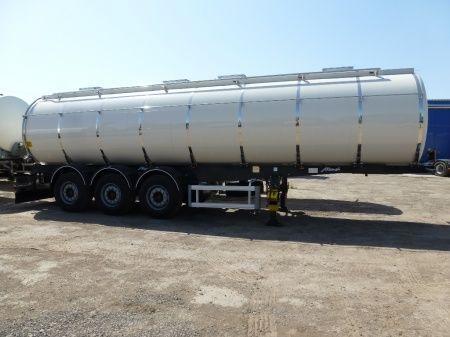 yeni SANTI-MENCI (ID-) pishchevaya cisterna 3 kamery SANTI-MENCI gıda tankeri