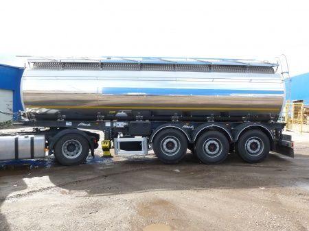 yeni SANTI SANTI-MENCI pishchevaya cisterna 24 kub.m/ 2 kamery , ves 5 600 kg gıda tankeri