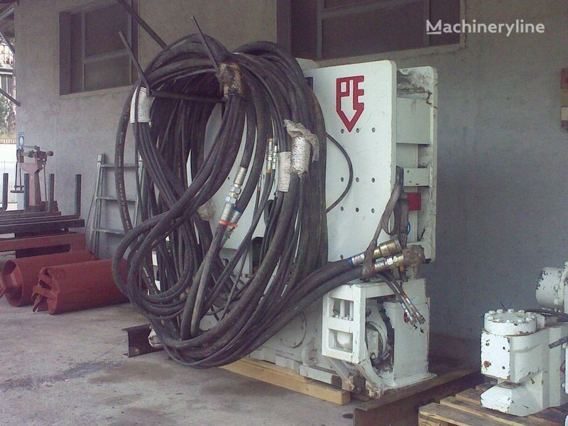 Vibropogruzhatel  PVE25 M + power unit PVE 480. diğer