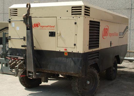 INGERSOLL RAND 21/215 XHP760 kompresör