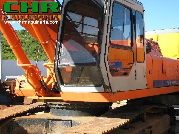 FIAT-HITACHI FH200 - FH220 paletli ekskavatör