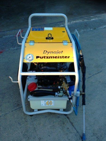 PUTZMEISTER putzmeister dynojet (maquina auxiliar para el plegado de plumas  sabit beton pompası