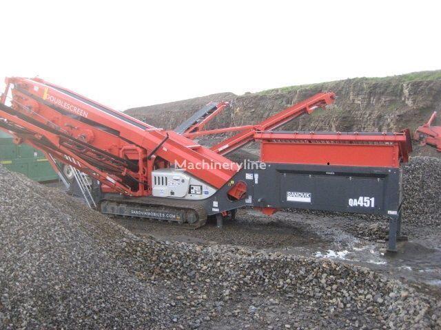 SANDVIK QA451 taş kırma makinesi
