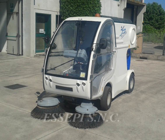 UCM-UNIECO 360 ELECTRIC temizleme makinesi