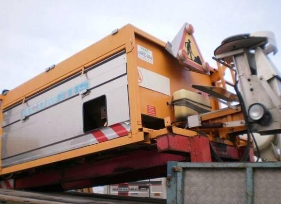 ACOMETIS tuzlama kamyonu