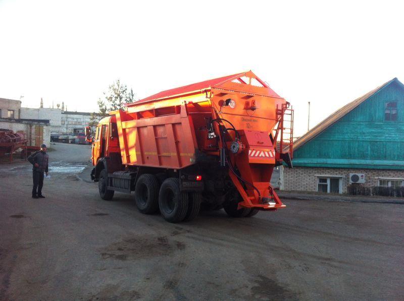 URAL MKDS 6 tuzlama kamyonu
