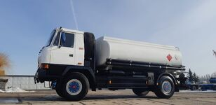 TATRA T815 - 200R41 19225 kamyon benzin tankeri