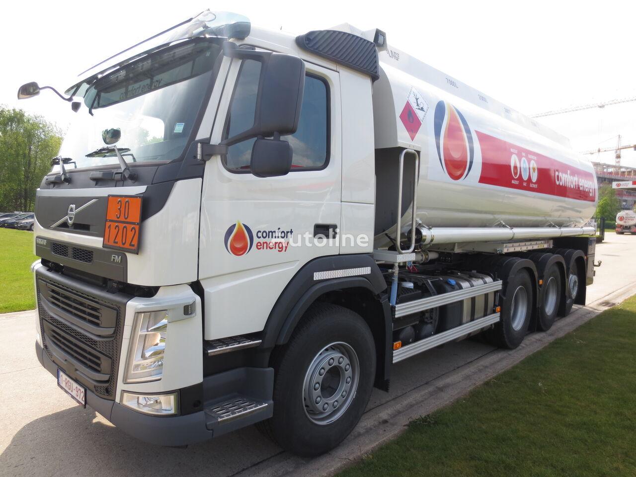 VOLVO kamyon benzin tankeri
