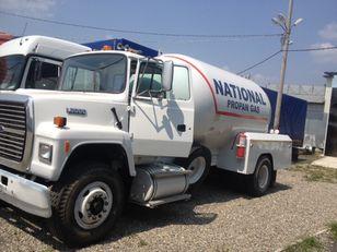 FORD l8000 kamyon gaz taşıyıcı