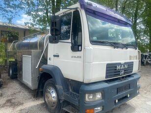 MAN LE 14.250 kamyon süt tankeri