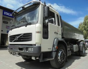 VOLVO FL220 kamyon süt tankeri