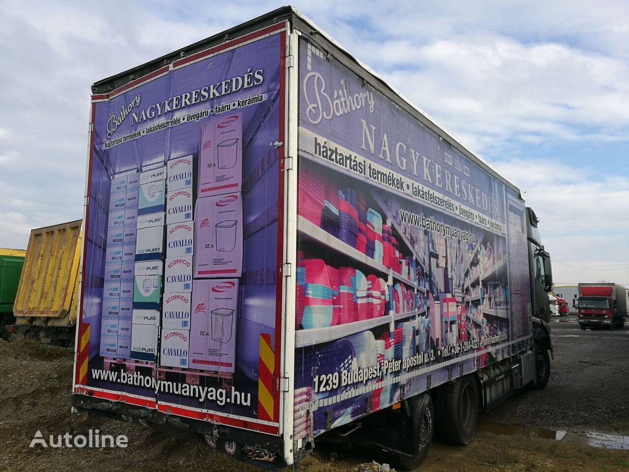 SCHWARZMÜLLER LBA ROLÓPONYVÁS FELÉPÍTMÉNY kayar perdeli kasalı kamyon