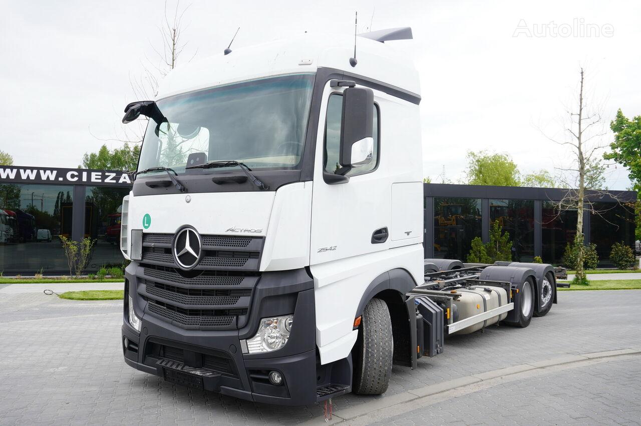 MERCEDES-BENZ Actros 2542 , E6 , 6X2 , low deck MEGA , steering axle , BDF , 7 konteyner taşıyıcı kamyon