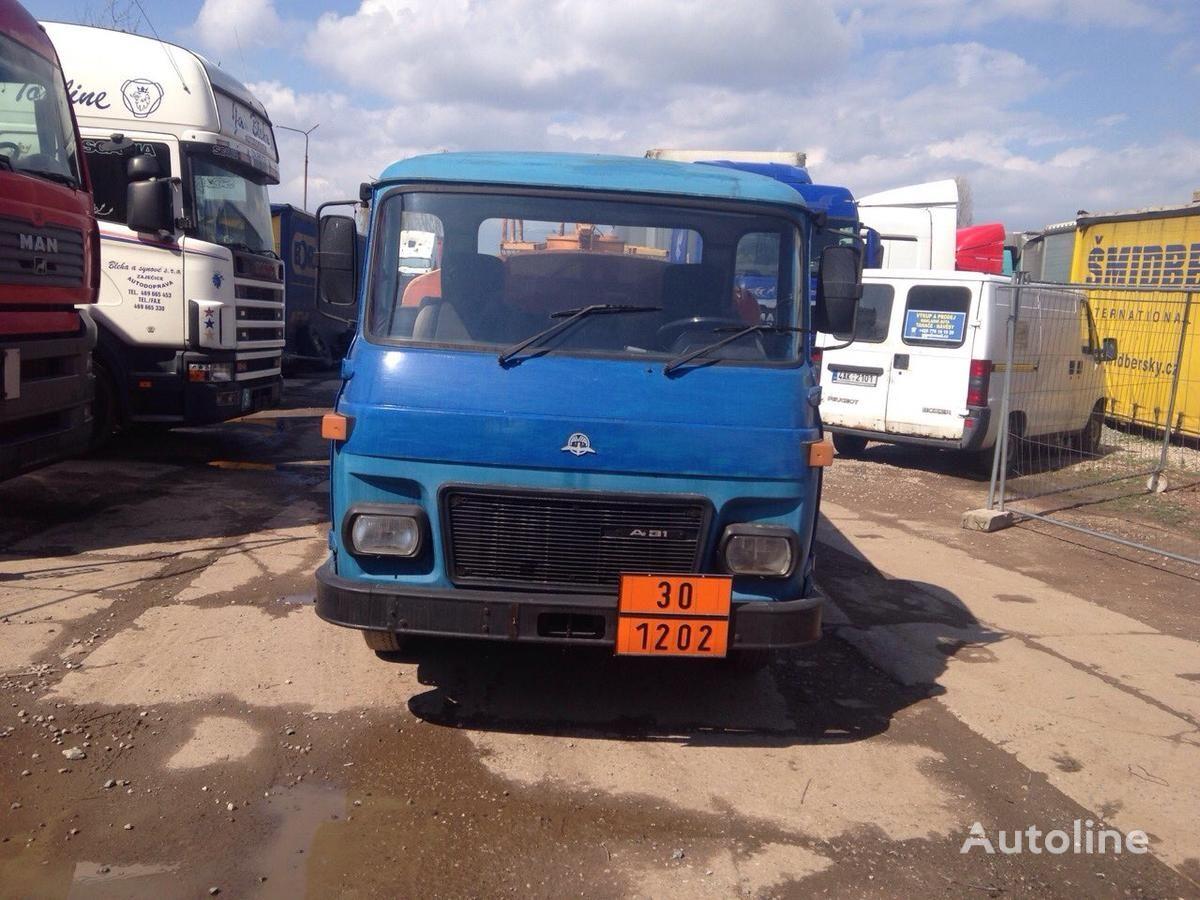 AVIA SPECIÁLNÍ AUTOMOBIL tanker kamyon