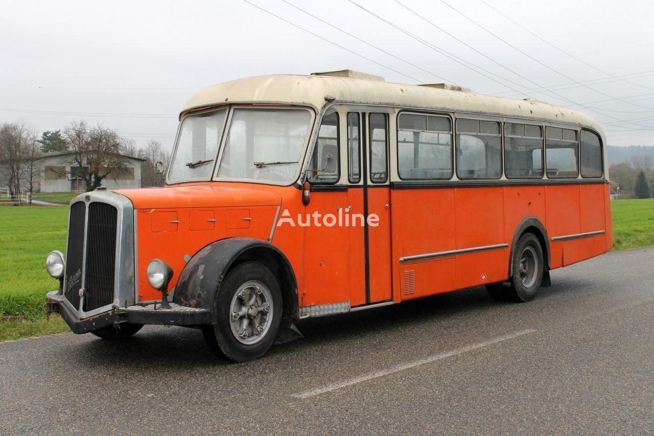 BERNA Saurer  şehirlerarası ve şehir içi otobüs