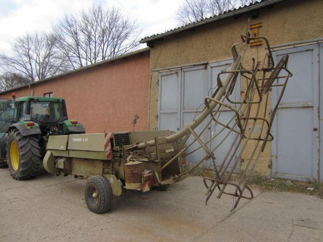 FORTSCHRITT K-454 köşeli balya makinesi