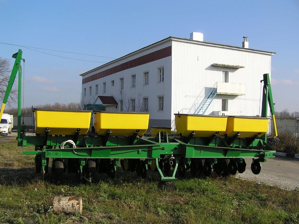 JOHN DEERE 7000 8 ryadnaya mekanik hassas ekim makinesi