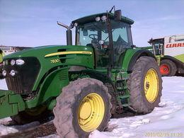 JOHN DEERE 7830 tekerlekli traktör