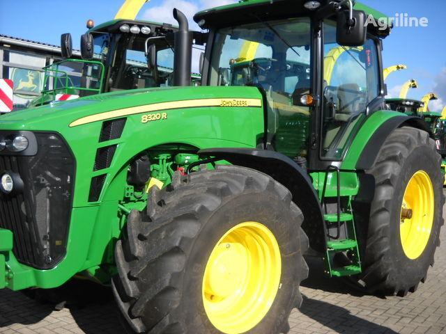 JOHN DEERE 8320 R (NOVYY) tekerlekli traktör
