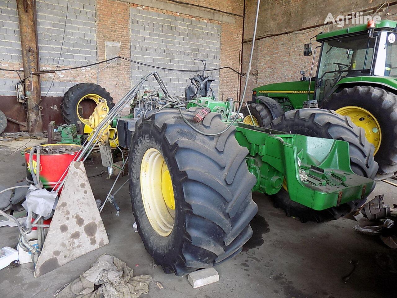 JOHN DEERE 8400 8300 po zapchastyam na razborke   tekerlekli traktör