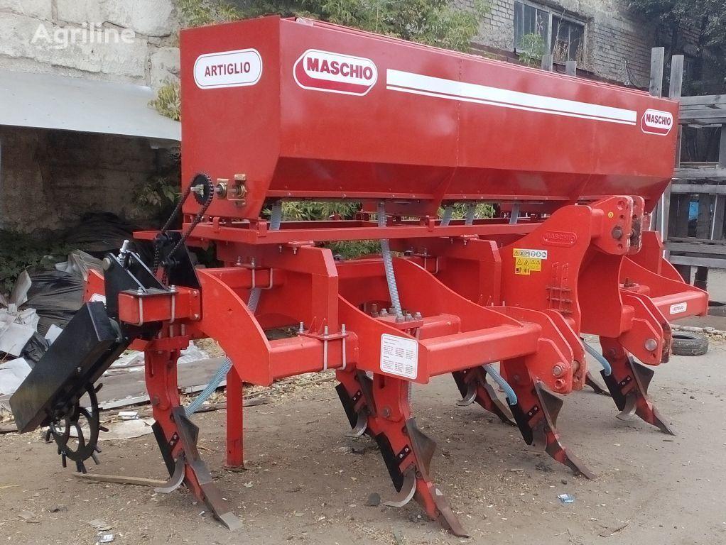 GASPARDO Podkormochnoe prisposoblenie toprak işlema makinası