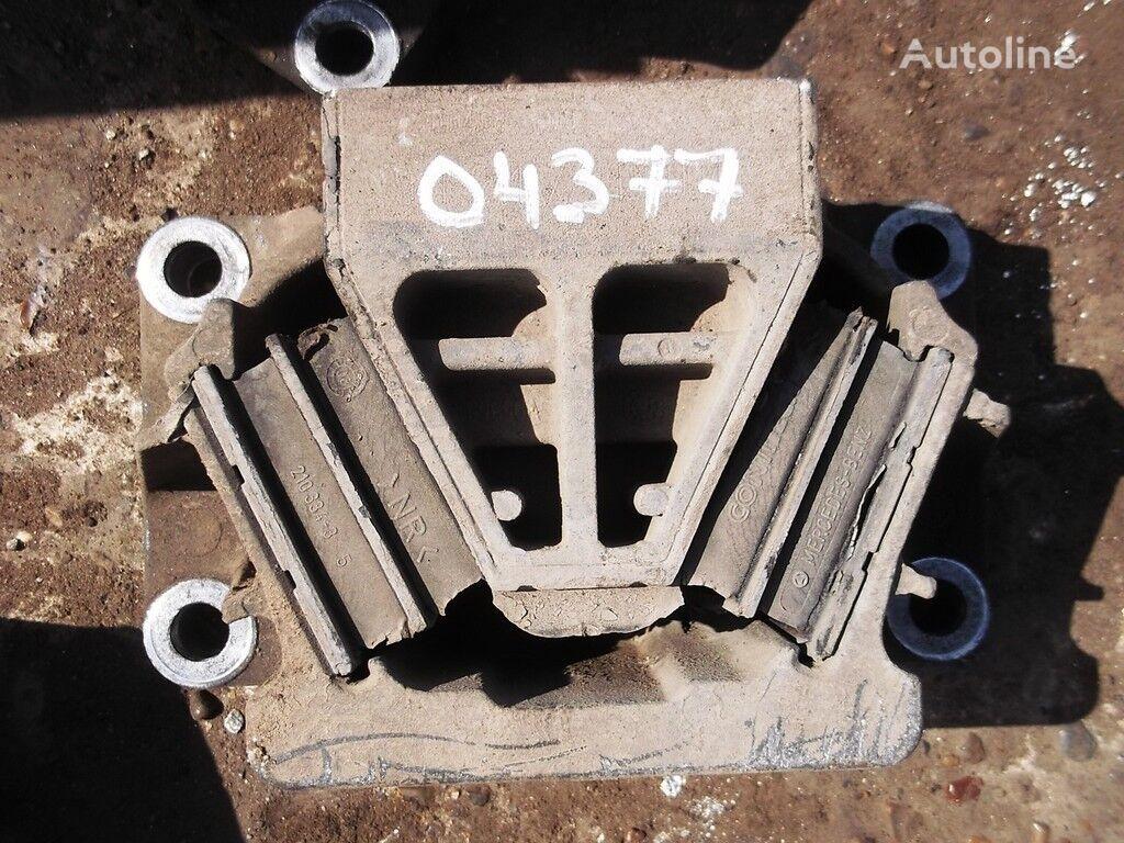 MERCEDES-BENZ kamyon için Opora dvigatelya bağlantı elemanları