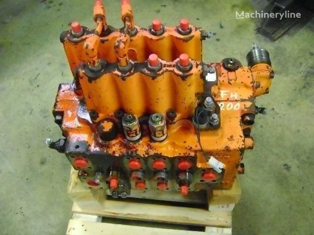 FIAT-HITACHI  FH 200 ekskavatör için dağıtıcı