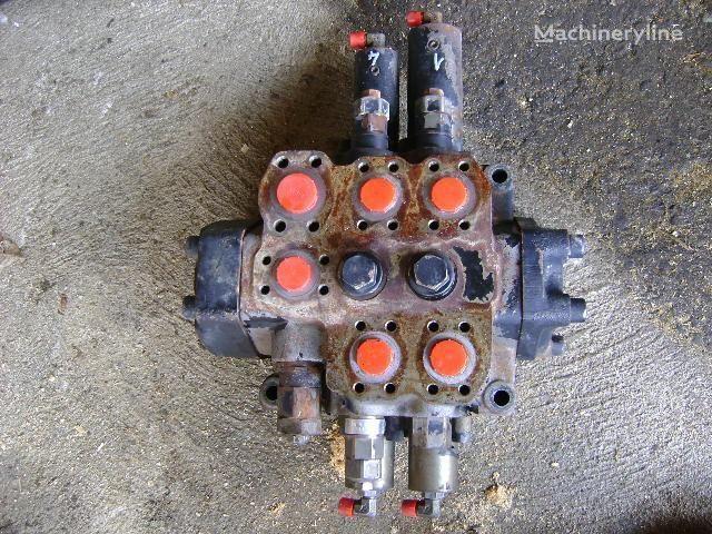 FIAT-HITACHI W 190 Evolution ekskavatör için Distributor dağıtıcı