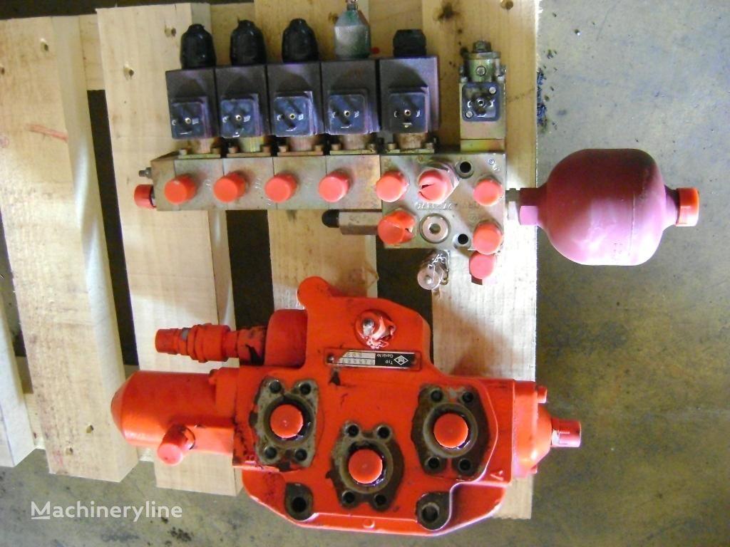O&K RH 6-22 ekskavatör için O&K dağıtıcı