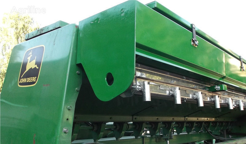 yeni JOHN DEERE ekme makinesi için Prisposoblenie dlya vneseniya udobreniy ekim makinası