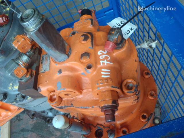 HITACHI EX450 ekskavatör için HITACHI KAWASAKI M2X150CAB-10A-04/250 hidrolik motor