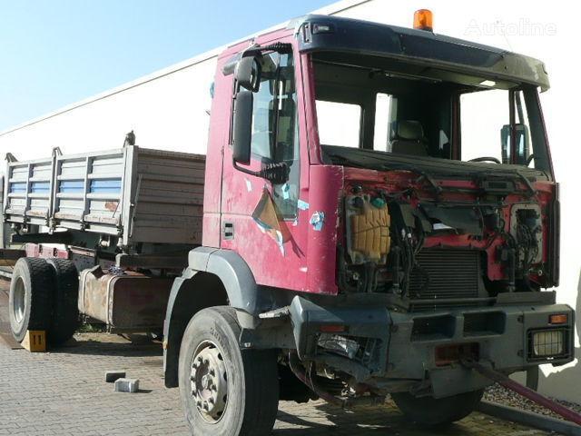 IVECO Trakker  Cursor 190-410 BJ. 2003 kamyon için kabin