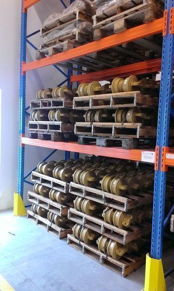 yeni HITACHI 120,130,135,160,180,200,210,225,240,250,300,330,350 ekskavatör için HITACHI cep, napravlyayushchie kolesa palet makarası