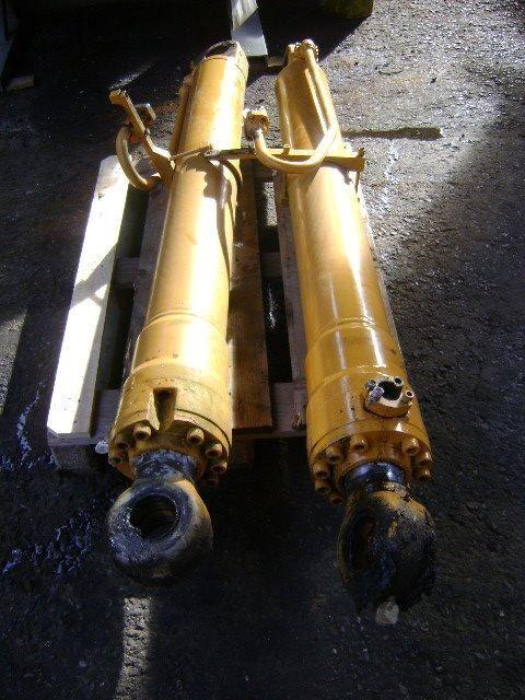 LIEBHERR ekskavatör için piston
